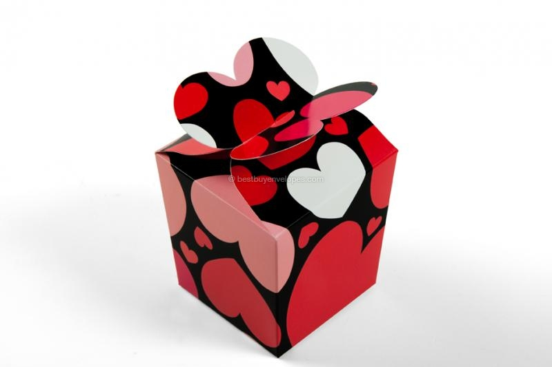Gift boxes, hearts