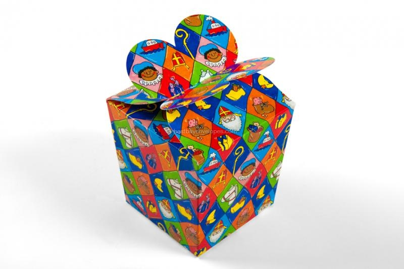 St Nicholas gift boxes, checked