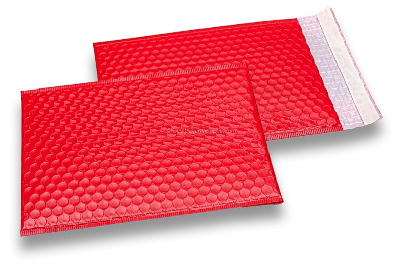 Red high-gloss air-cushioned envelopes