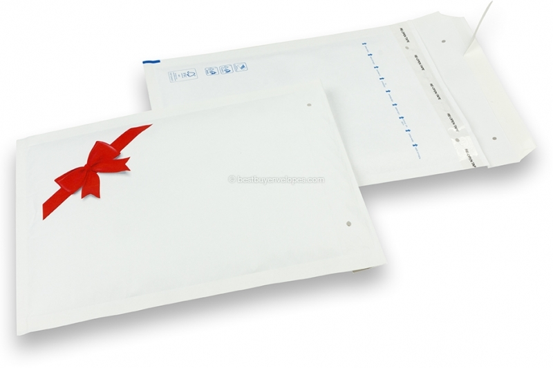 White Christmas bubble envelopes